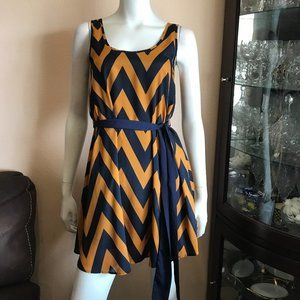 Lush Zig Zag Print Dress Tie Waist Tan Navy Blue